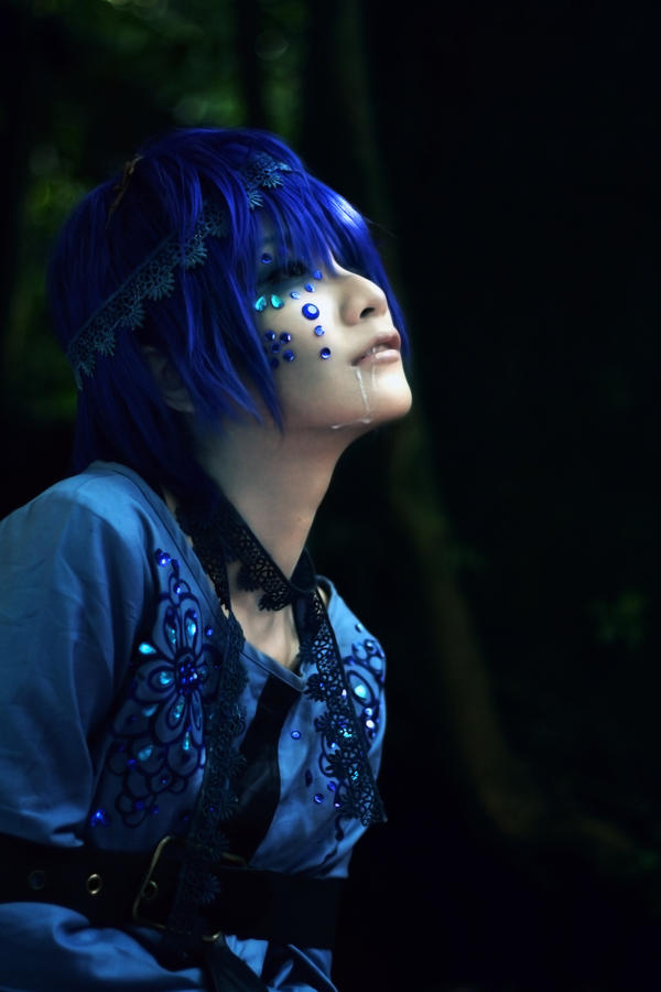 Dark wood Circus_The blue beast by Dan-Gyokuei