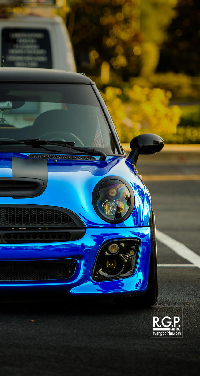Wrapped Mini for iPhone 5 | RGP3102-iPhone5 by scarcrow28