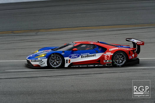 The Fords are back in town |  RGP2366-web