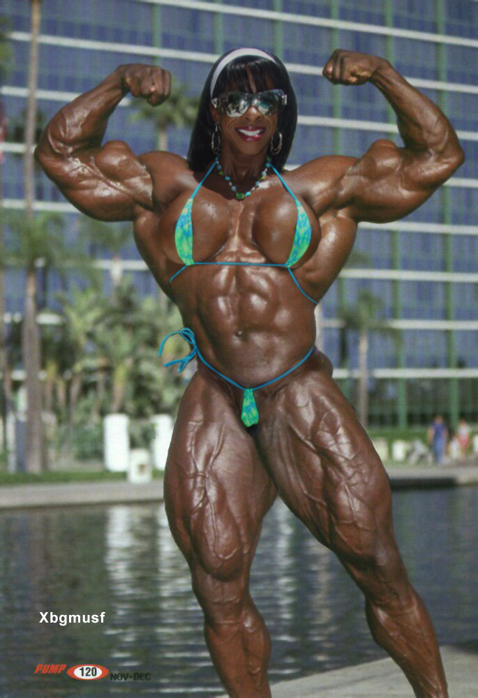 Extreme female bodybuilder by xbgmusf