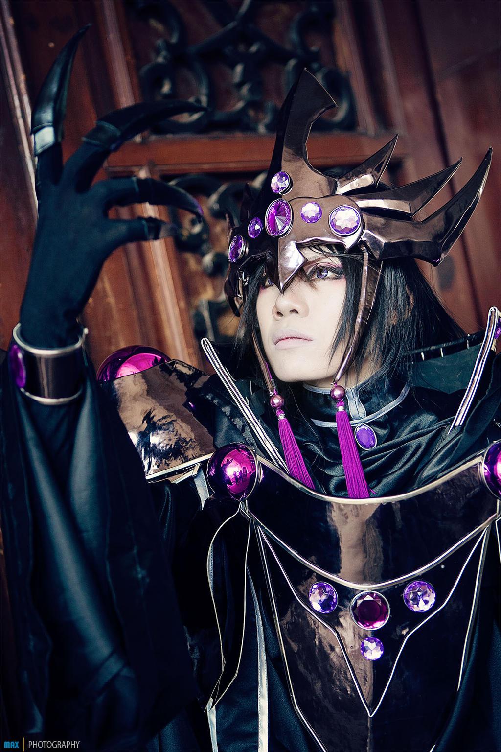 [Resim: cosplay___zagato___magic_knight_rayearth...59edon.jpg]