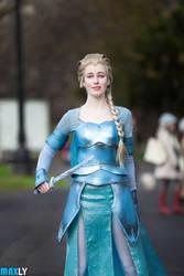 Elsa - Frozen - Oz Commicon Melbourne 2014 by MaxLy