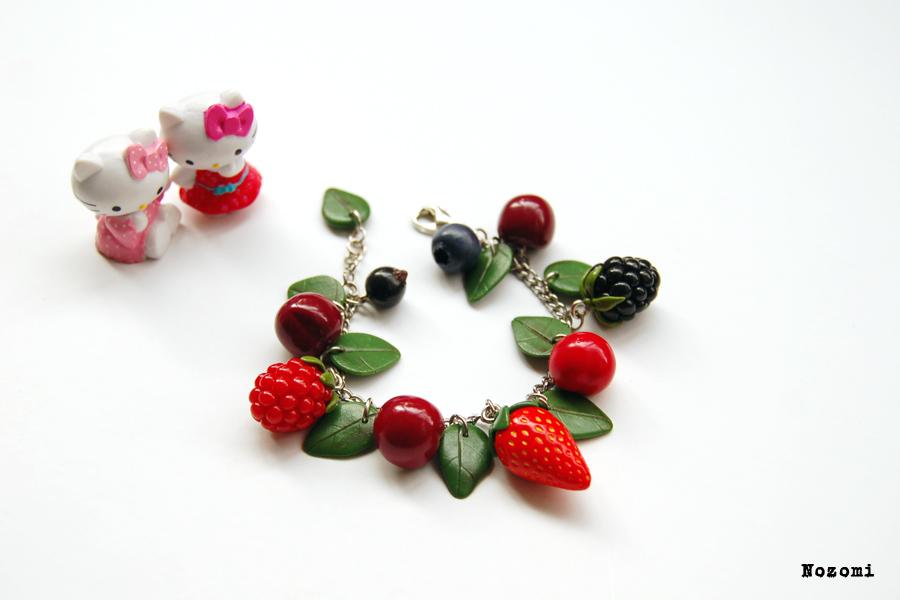 Children's berry bracelet by Nozomi21