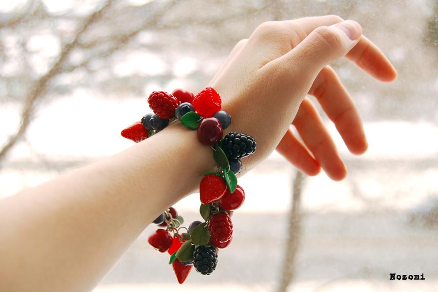 Bracelet by Nozomi21