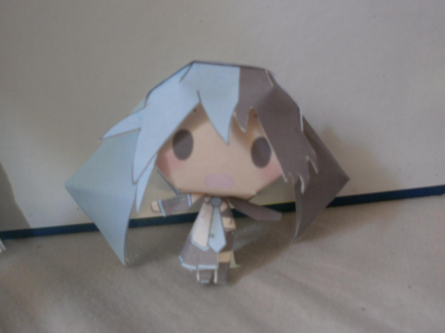 Black Rock Miku Papercraft by sabrynaM