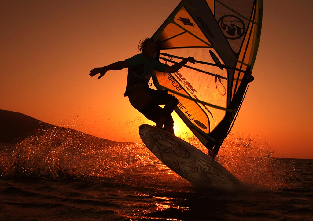 Sunrise windsurfing by blindrider