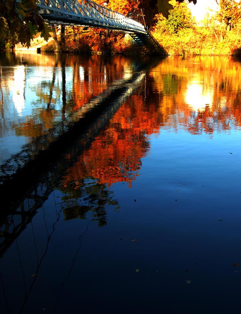 HDR Panorama - Walking Bridge by wetdryvac