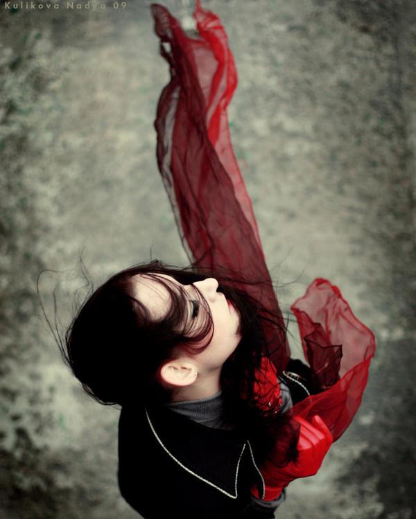 Red scarf by NadyaBird - Farkl� ve G�zel - AvatarLar -