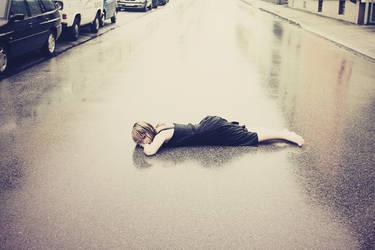 lifeless i give up by SabrinaCichy