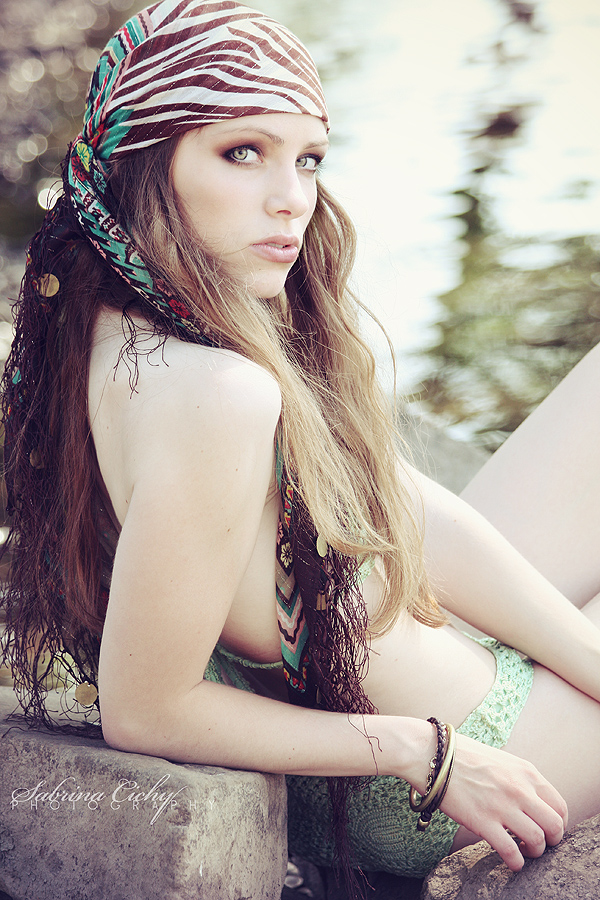 she  s a pirate by suicide bee - be�endi�im avatarlar