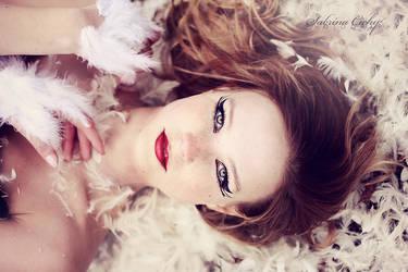 gaze by SabrinaCichy