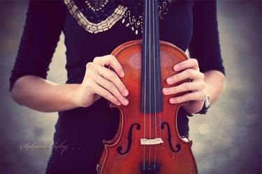 Violin Sounds by SabrinaCichy