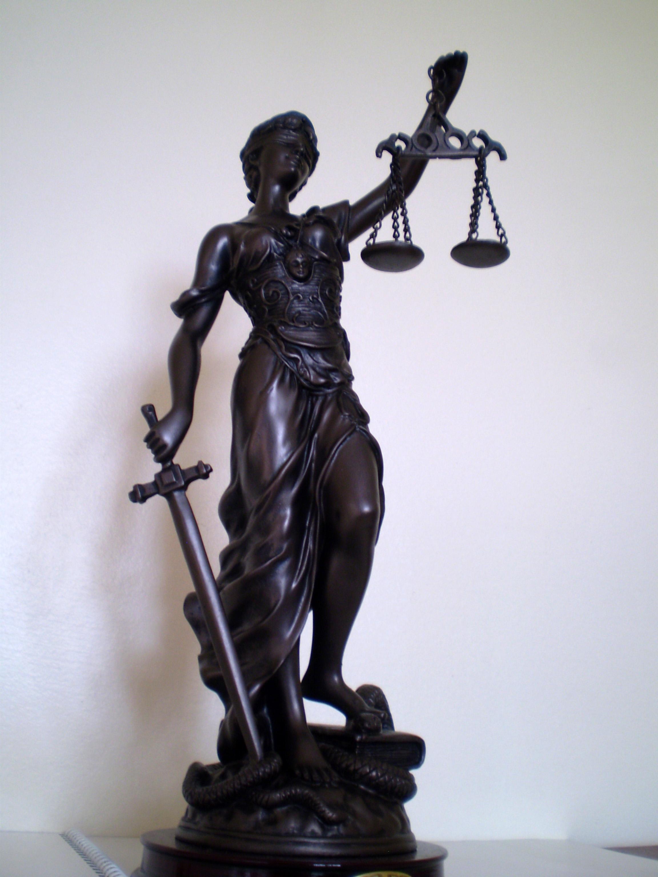 Lady Justice 01