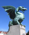 Dragon statue 02