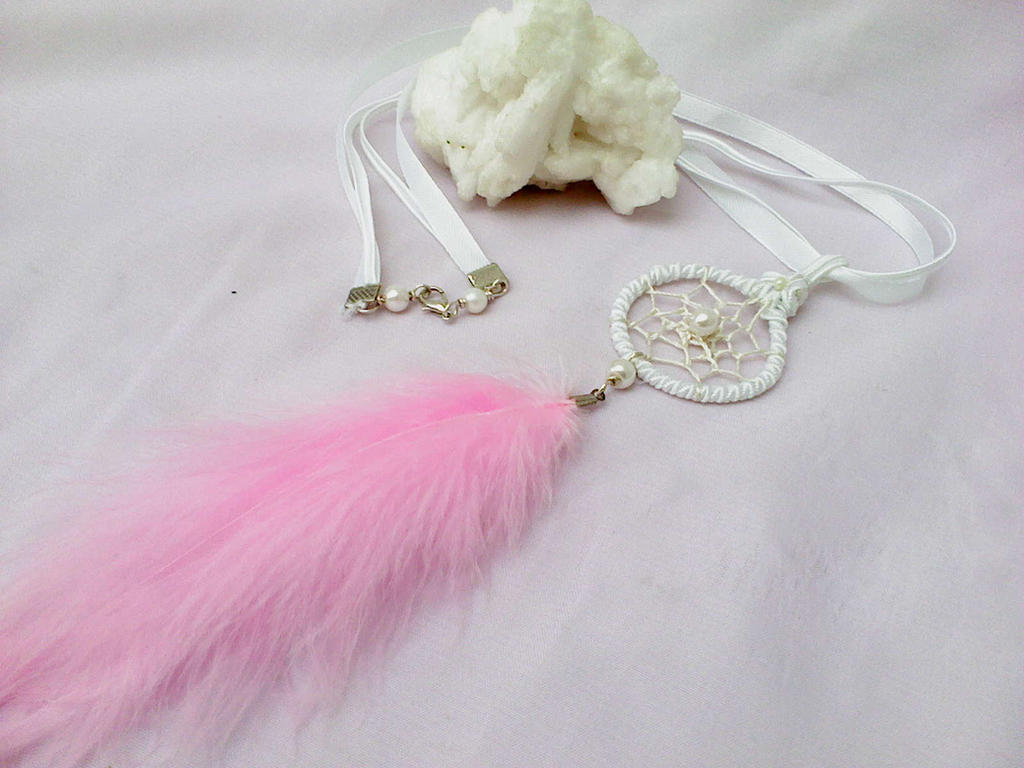 Dreamcatcher pendant by Mirtus63