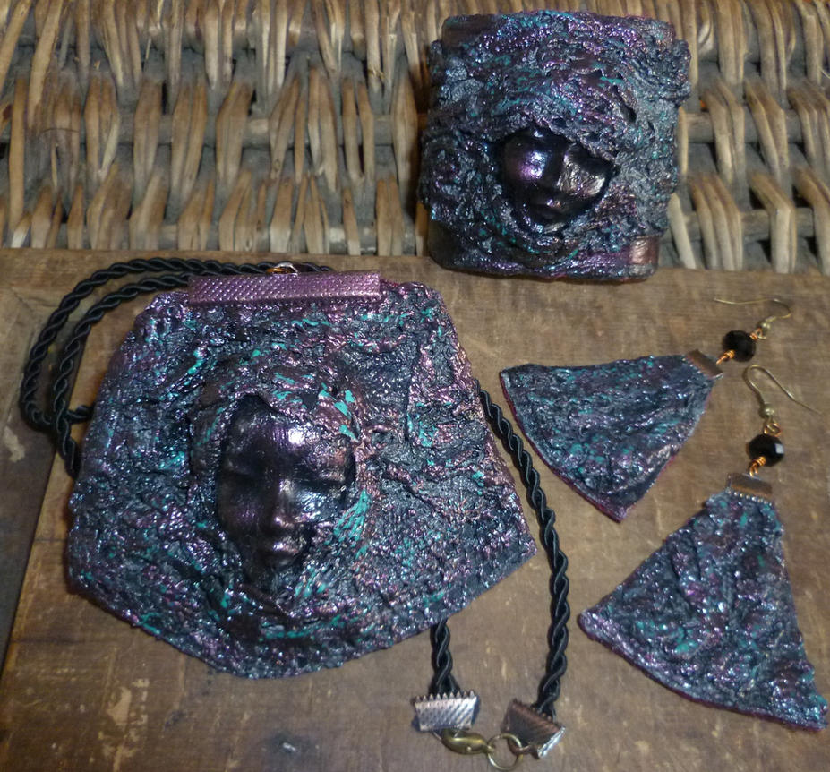 Paverpol  jewelry set by Mirtus63