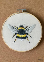 Embroidered bumble bee by ArtyMissK