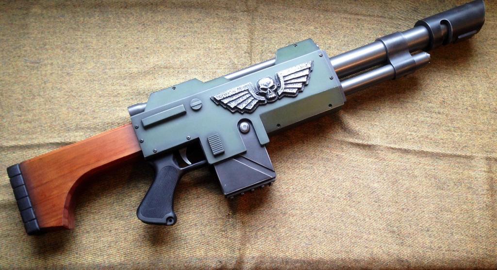 Warhammer 40k lasgun by Matsucorp