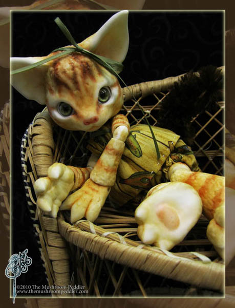 The Mushroom Peddler : des ptits animaux adooorables ! Pretty_kitty_by_themushroompeddler-d34wum7