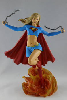 Diamond Gallery: Supergirl Unchained
