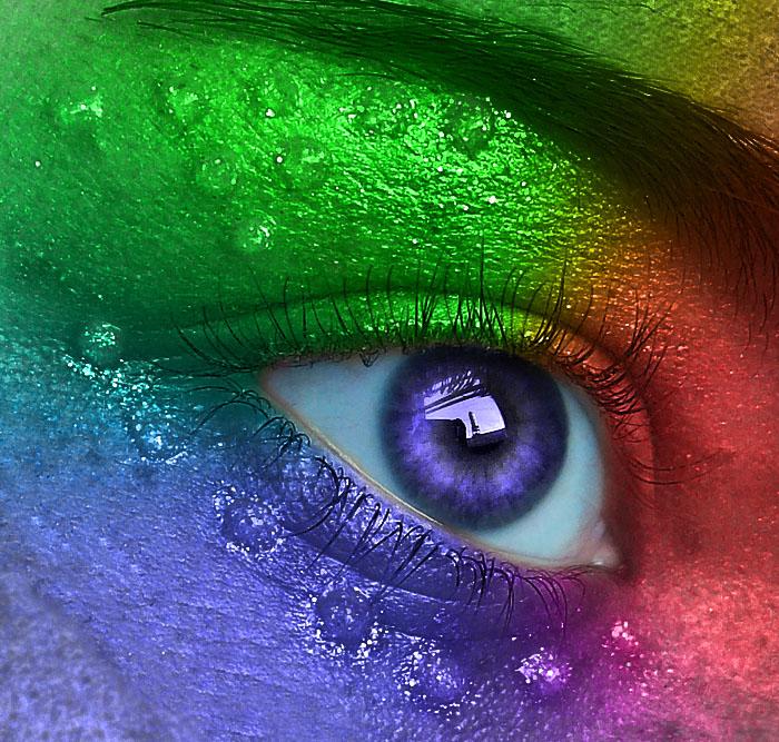 Colorful Eye by Mumtazzaidi