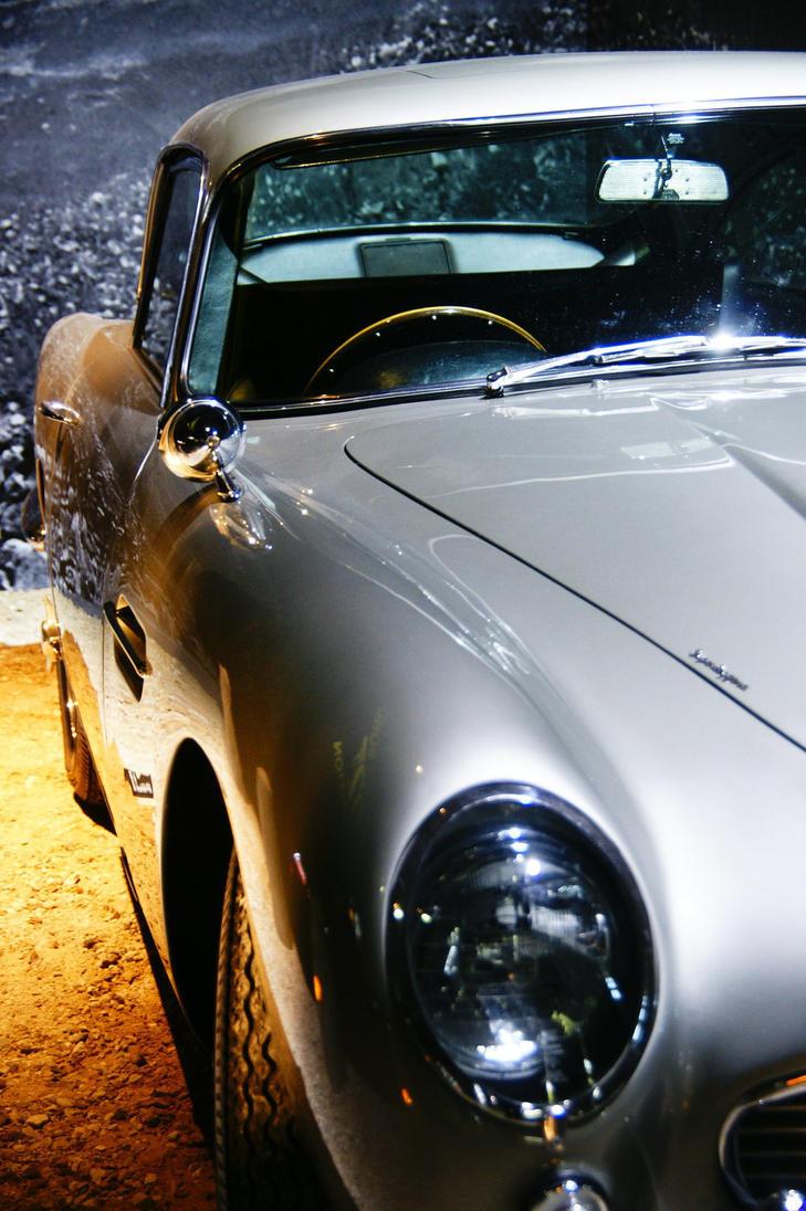 Bond, James Bond 3 by Heurchon