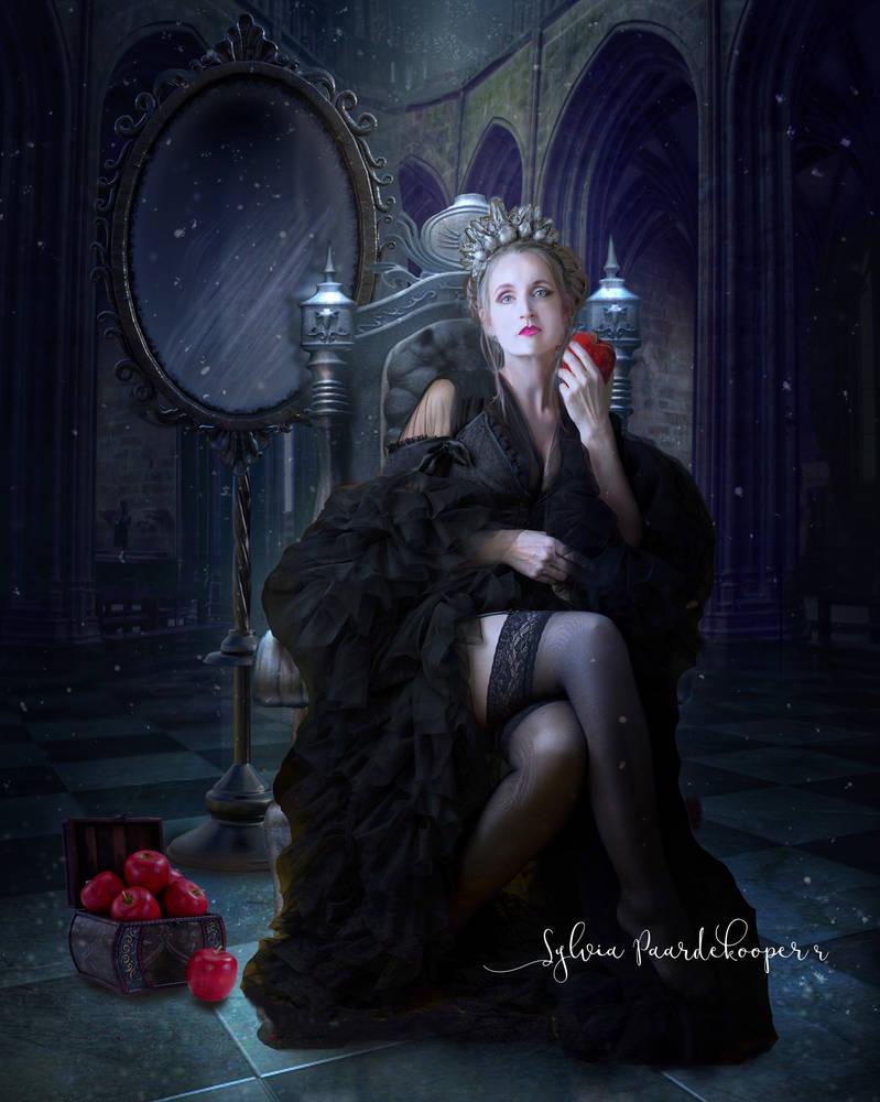 Snow white: the evil Queen