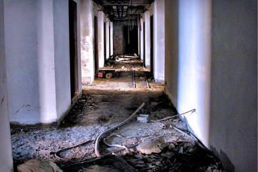 THE SATHORN UNIQUE BUILDING - URBAN EXPLORATION by JustOneWayTicket