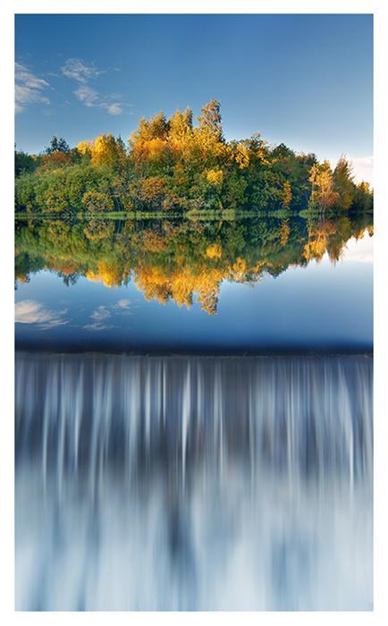 The Autumn Island by jjuuhhaa