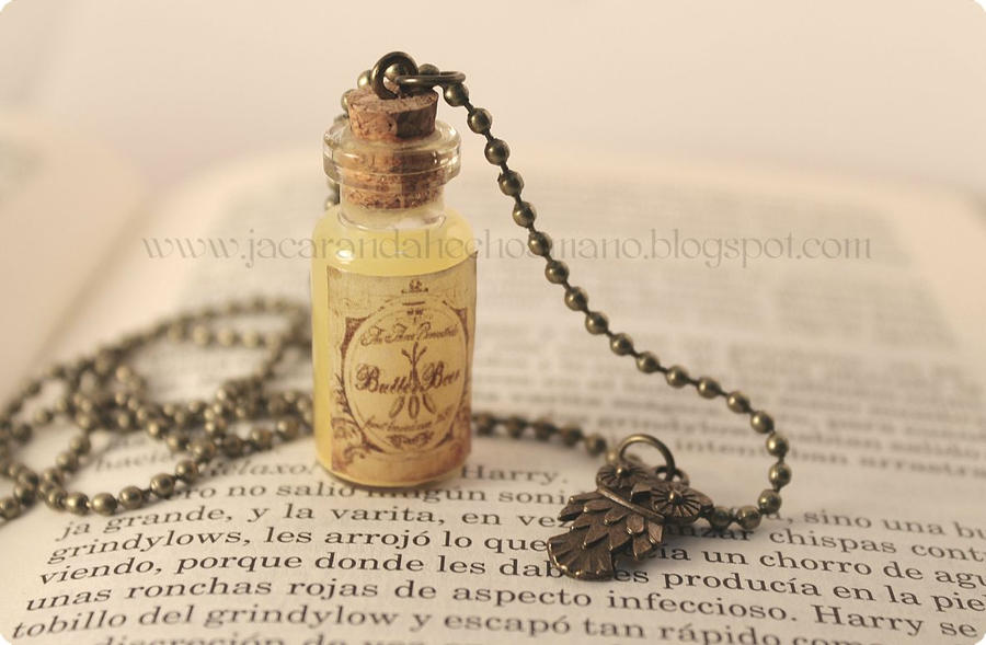Harry Potter's Potions: Butterbeer by Jacarandahm