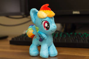 Mini Rainbow Dash by astuyasiroh09