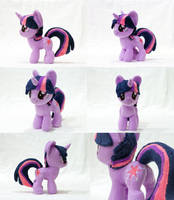 Mini Twilight Sparkle Plushie by astuyasiroh09