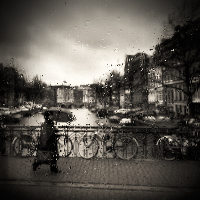 Rainy day in Amsterdam... by denis2