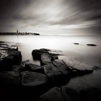 sea,sky...city by denis2