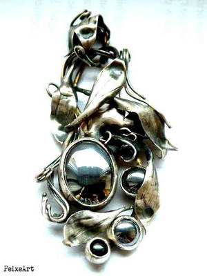 Hematite and silver by Peixeart
