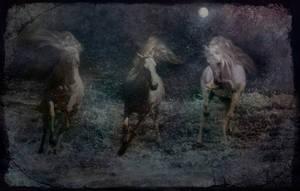 Ghost Moon by LindArtz