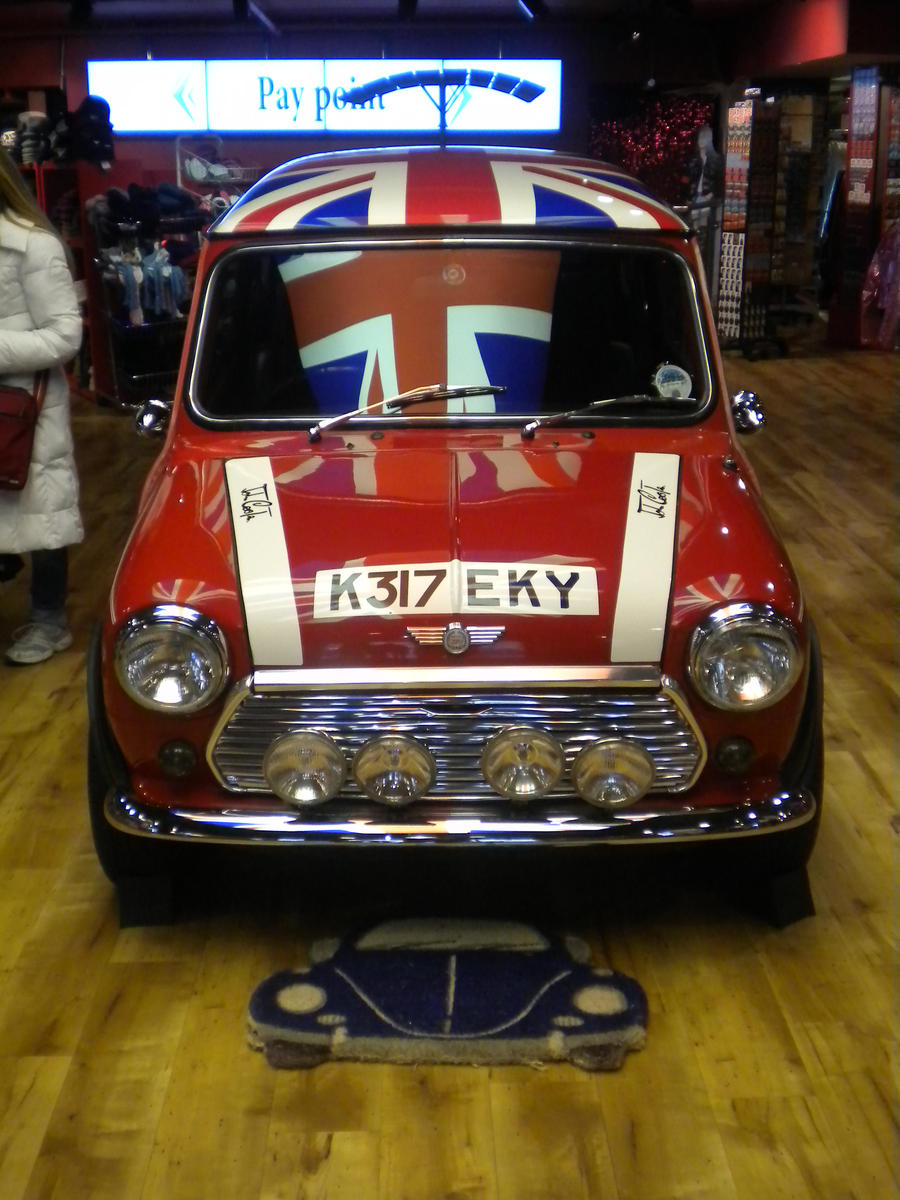 London Mini Cooper By Coorosnowfox On Deviantart