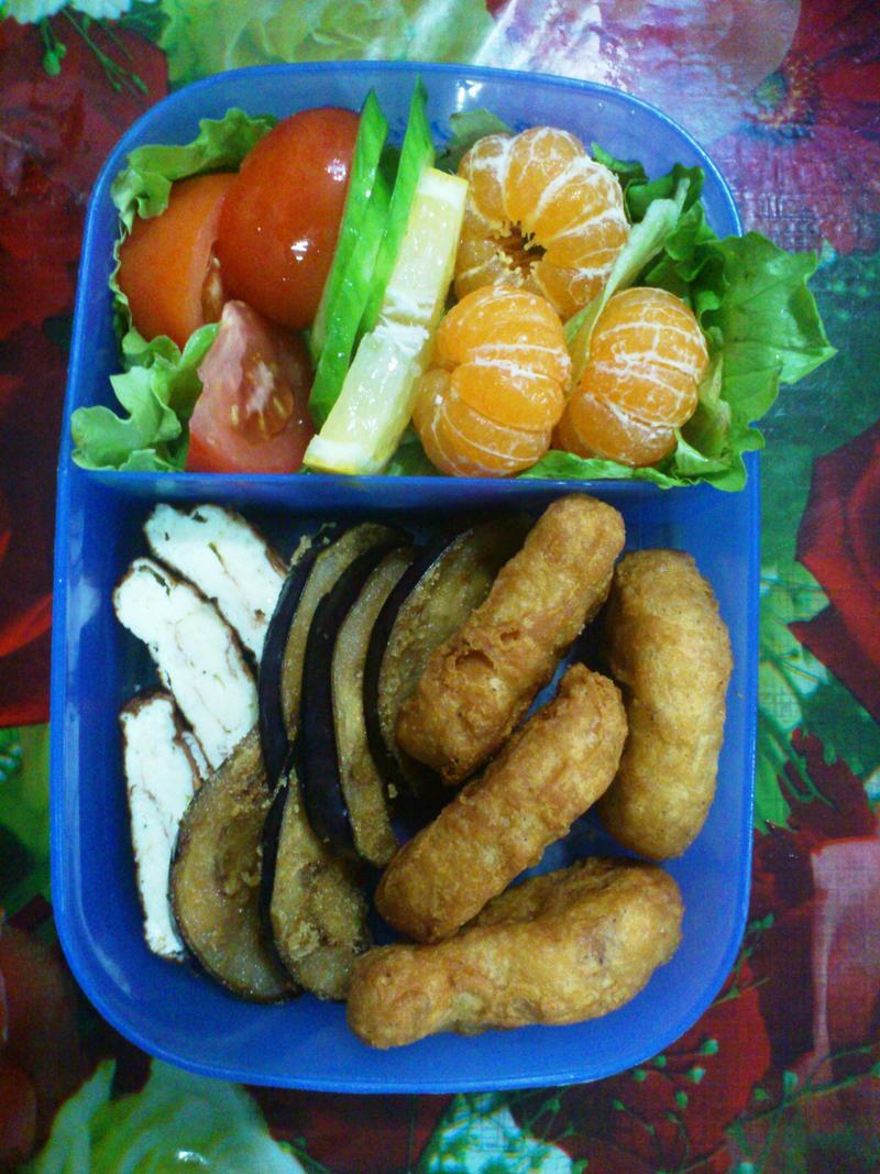 eggplant nugget mini-orenji bento by plainordinary1