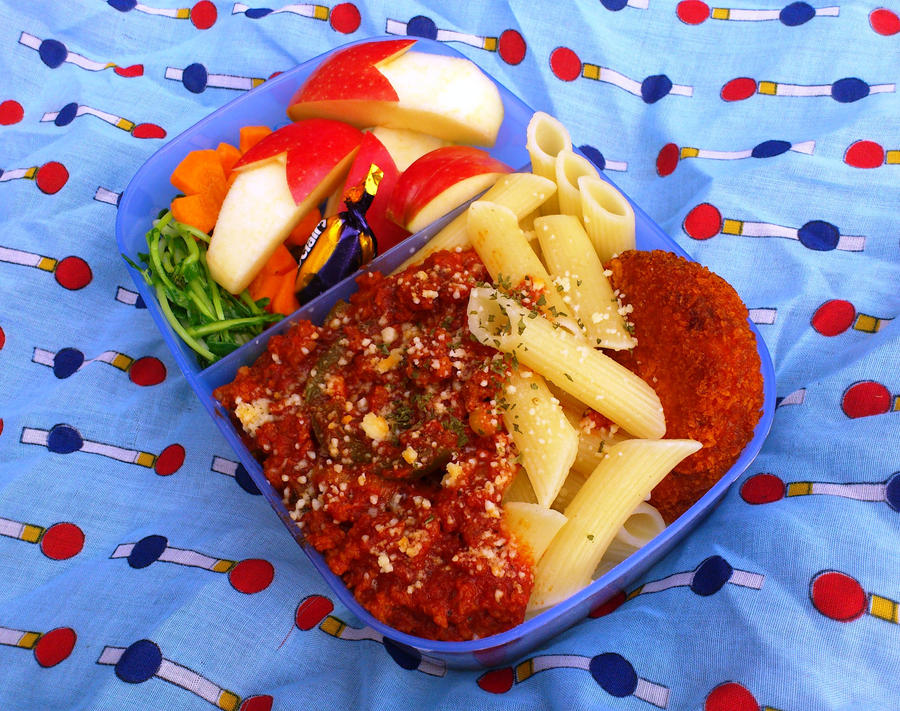 pasta bento pikuniku by plainordinary1