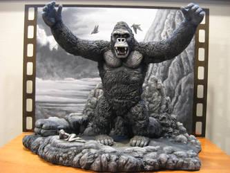 B and W King Kong diorama by Legrandzilla
