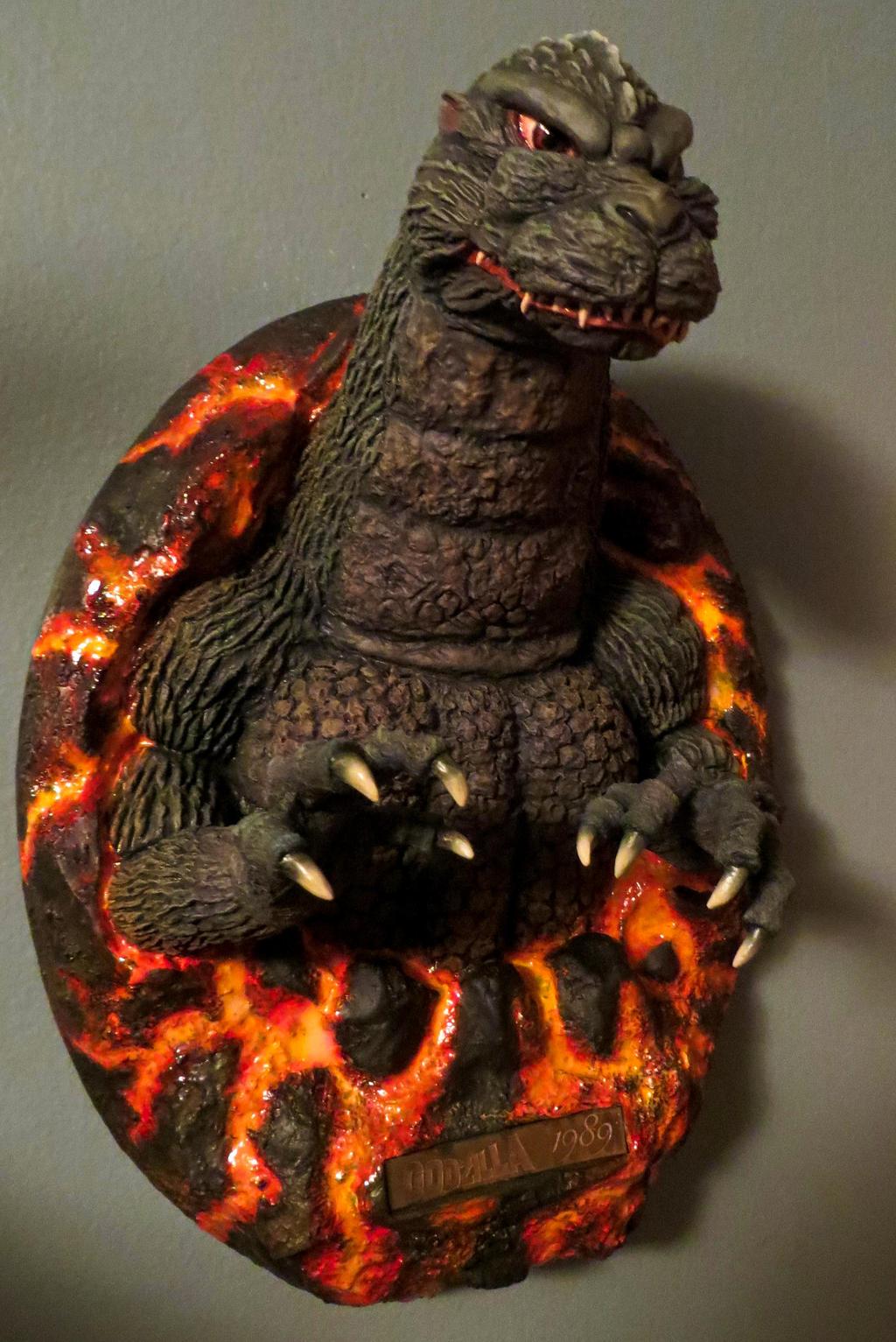 Kyosho Headliner Godzilla 89 by Legrandzilla