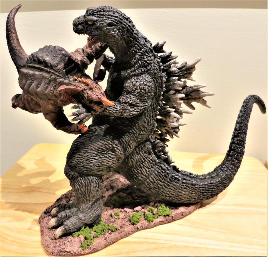 Yamakawa GMK Godzilla VS Baragon Finished! by Legrandzilla