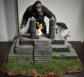 Billiken Kong Altar Scene Finished! by Legrandzilla