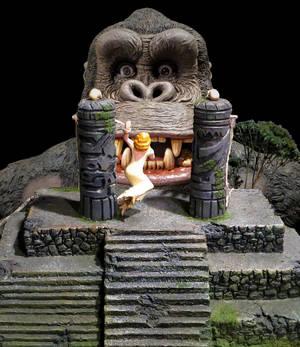 King Kong Photo Shop By Jennaikikz