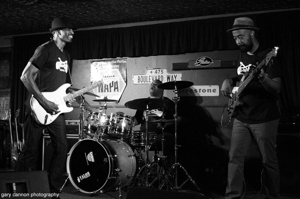 Dennis Jones Band 2 by worldtravel04