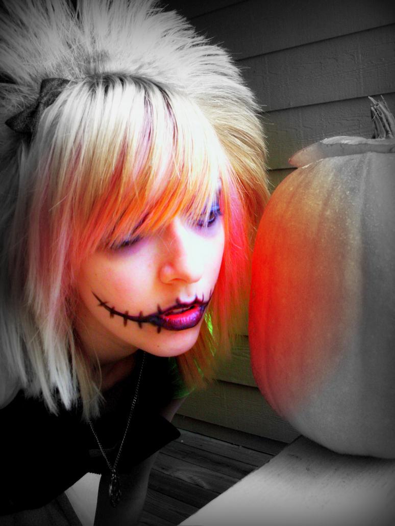 Pumpkin Queen by darkenedhearte
