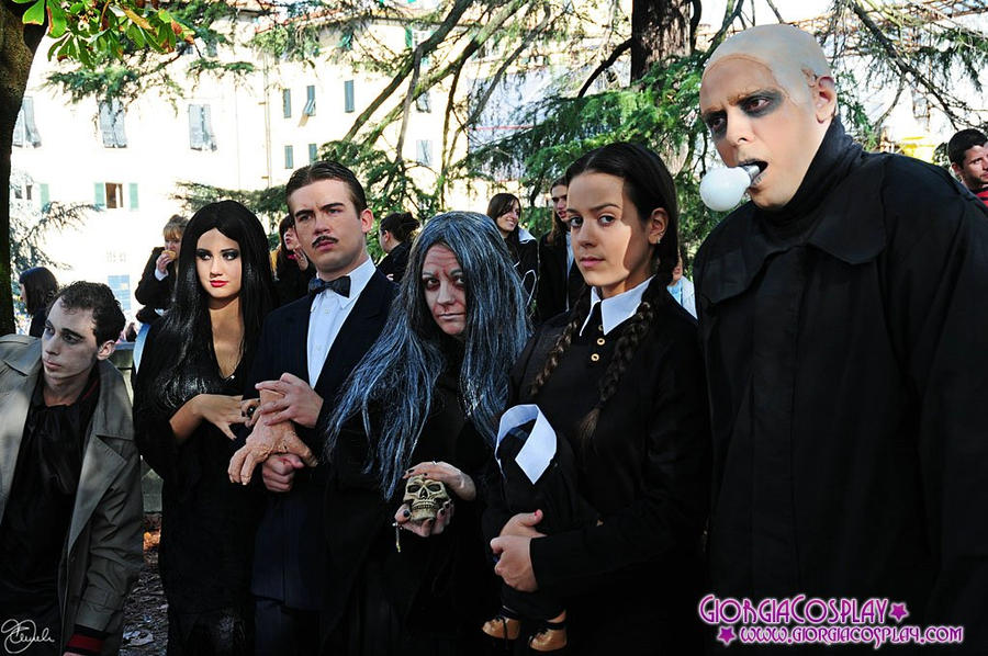 Fester Addams with Family 02 by xxTonyStarkxx