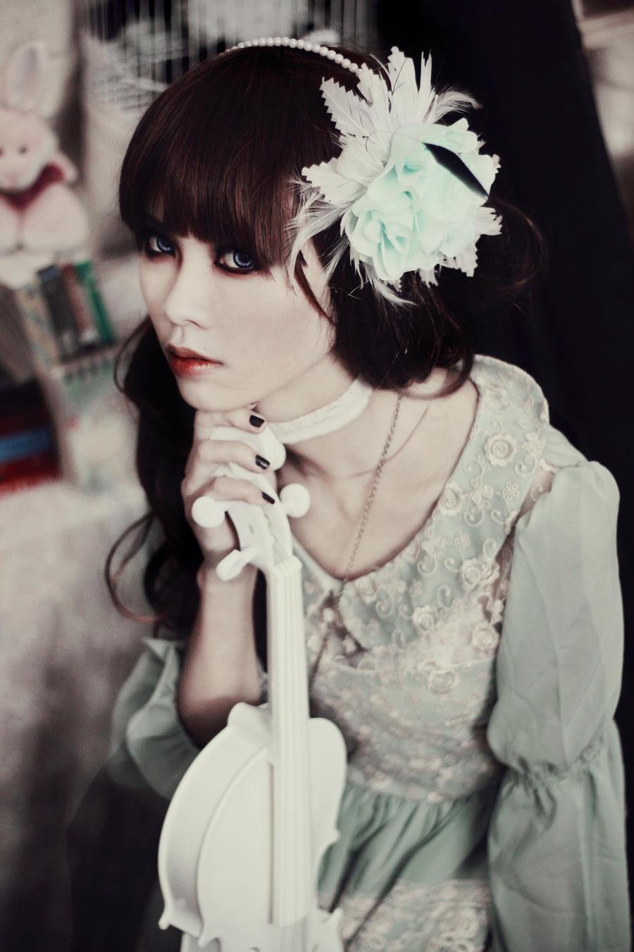 Give me yourself by HaKaryo