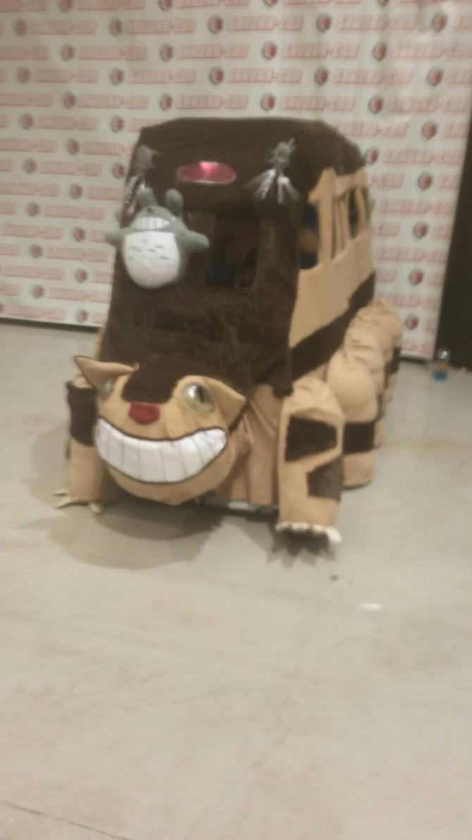 Totoro's Cat Bus (Sakura-Con 2017) by Crazywolfgirl111