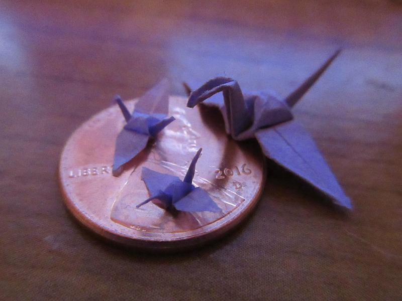 Micro Origami Cranes by Sarinilli